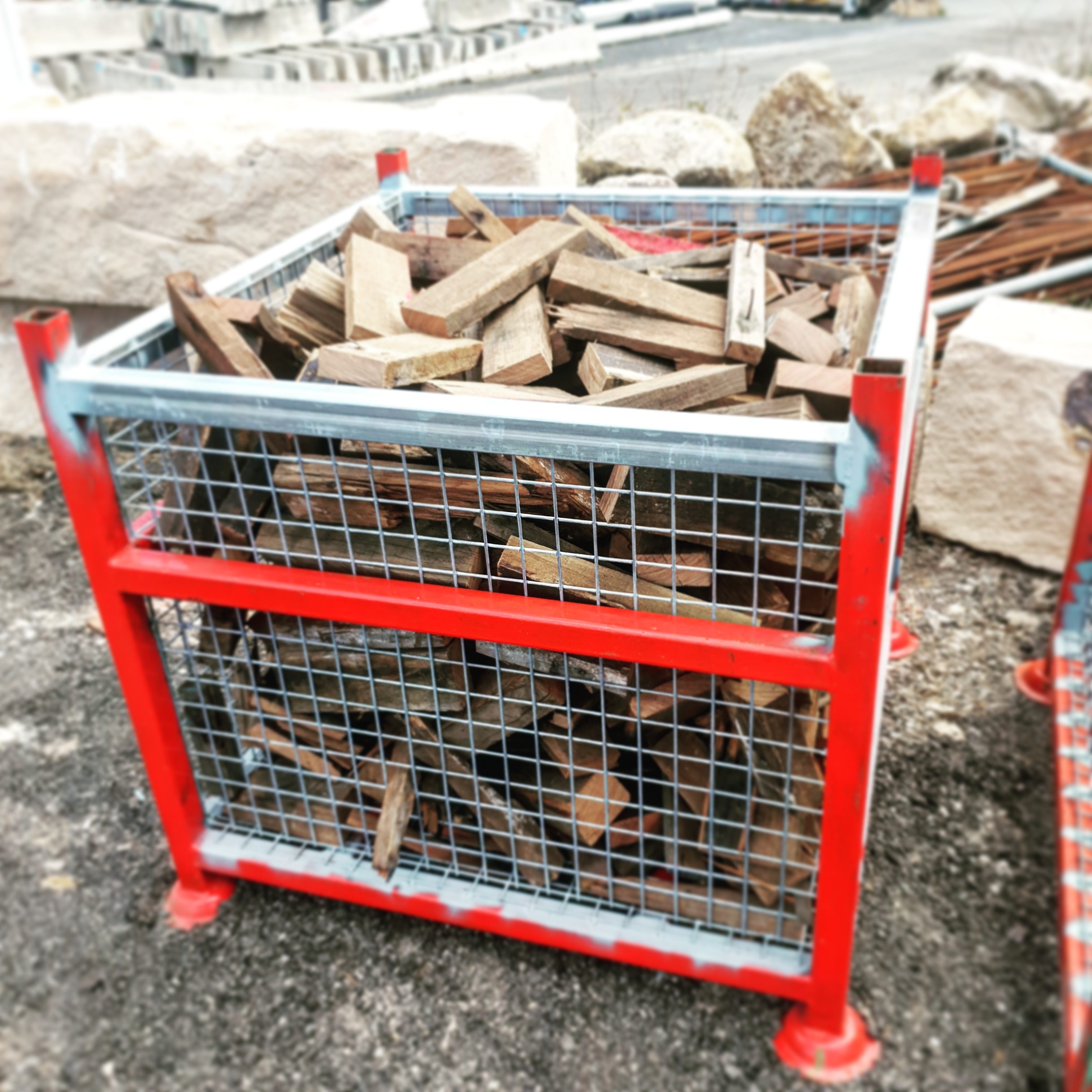 Quality seasoned hardwood cut in manageable lengths for indoor or outdoor fire places ~ 