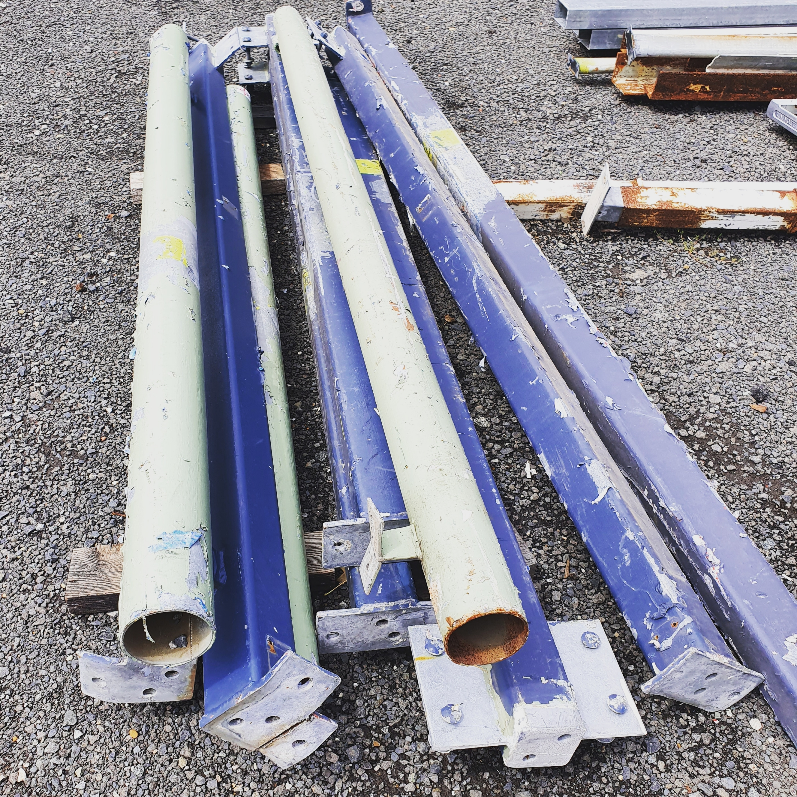 90x90mm Solid Steel Posts 4@2.3 1@2780 2.0mtr 100mm Round Posts attached to 2x2.3 Posts All have feet and/or flanges